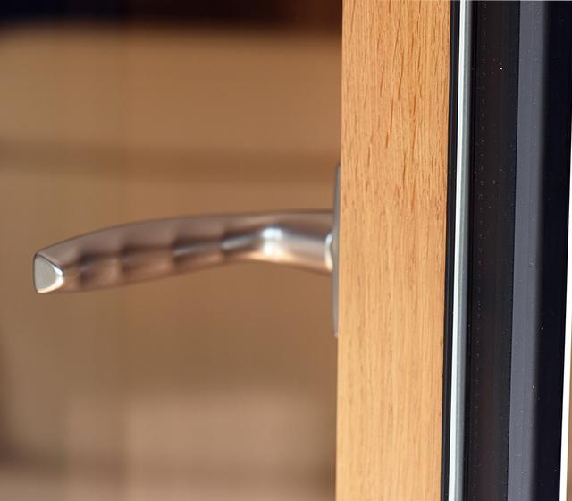 isolation et noblesse de la fenêtre mixte bois alu