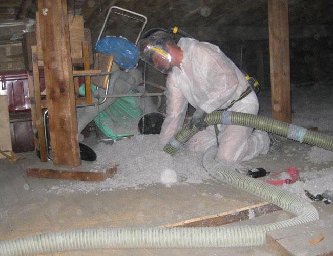 Isolation du plancher du grenier en ouate de cellulose soufflée