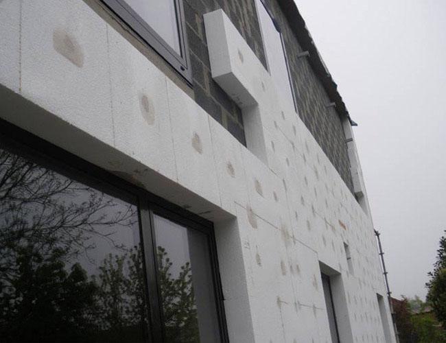 isolation par l 39 ext rieur d 39 une maison anstaing. Black Bedroom Furniture Sets. Home Design Ideas