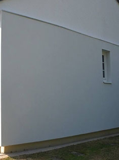 Isolation par l'extérieur d'une maison, avec enduit armuré STO
