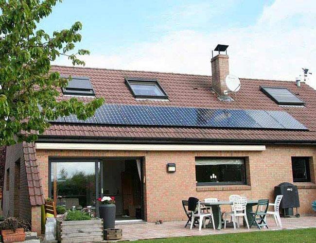 Installation de 10 panneaux solaires Photovoltaique Sunpower 300