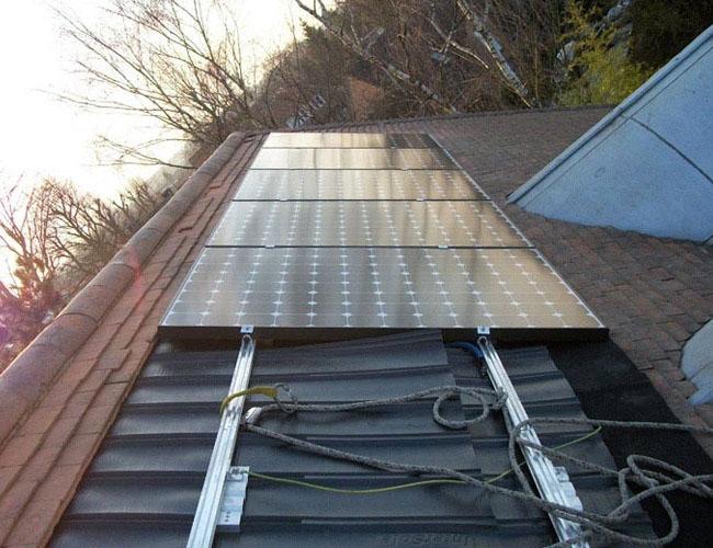 Installation de 10 panneaux solaires Photovoltaique Sunpower 300 Wc