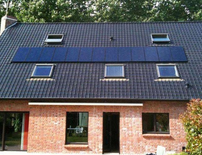 Installation de 13 panneaux solaires photovoltaïques