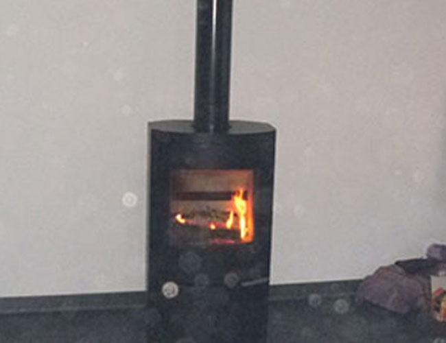Installation d'un poêle bois Warm sur Roubaix