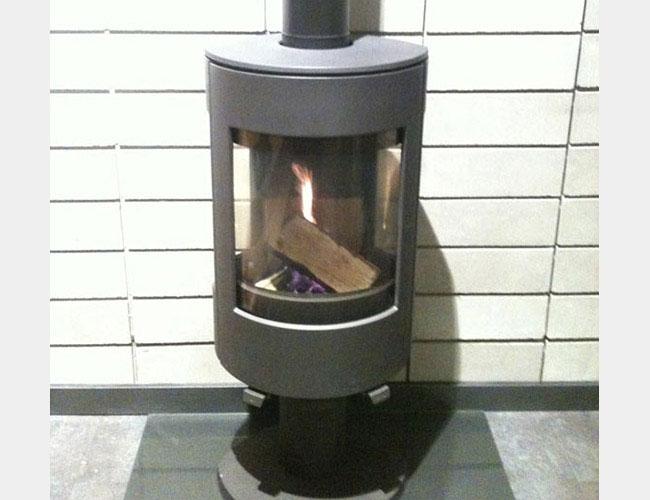 Pose d'un poêle à bois double combustion DOVRE Astroline 4