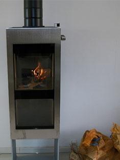 Installation d'un poêle à bois Xeoos double combustion