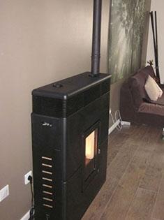 Pose d'un poêle à pellets MCZ Philo Comfort Air pour maison BBC