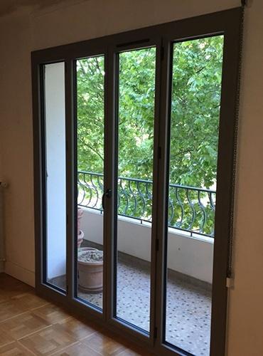 Rénovation d'une fenêtre et d'une porte-fenêtre en aluminium à Lyon (69)